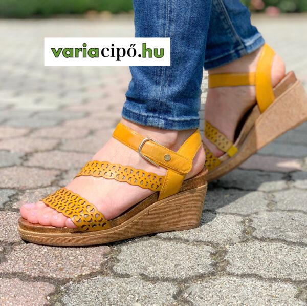 Tamaris sárga telitalpú női szandál 1-28022-24 627 saffron